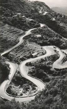 Mussoorie motor road from Dehra Doon India